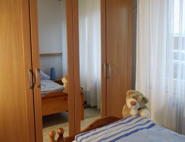 06Schlafzimmer 1.1 Wohnung 1