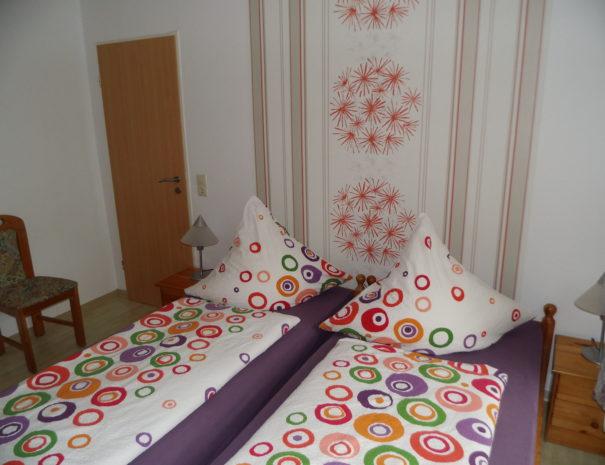 08Schlafzimmer 3 Wohnung 1