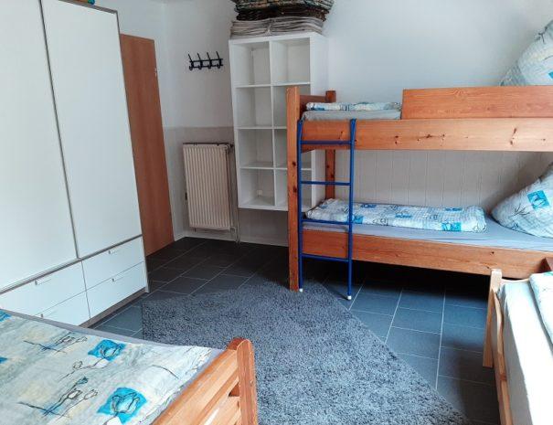 Schlafzimmer EG 4 Pers.