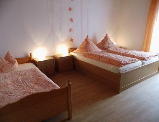 2.3 Schlafzimmer 3 Wohnung5